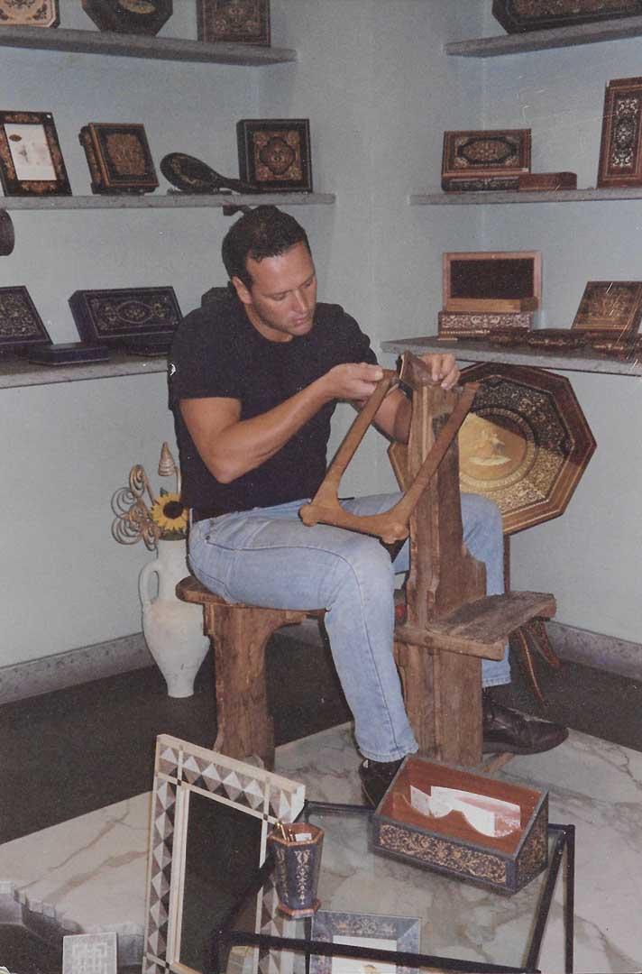 Roberto Stinga woodworking on the scannella, 2010, Sorrento