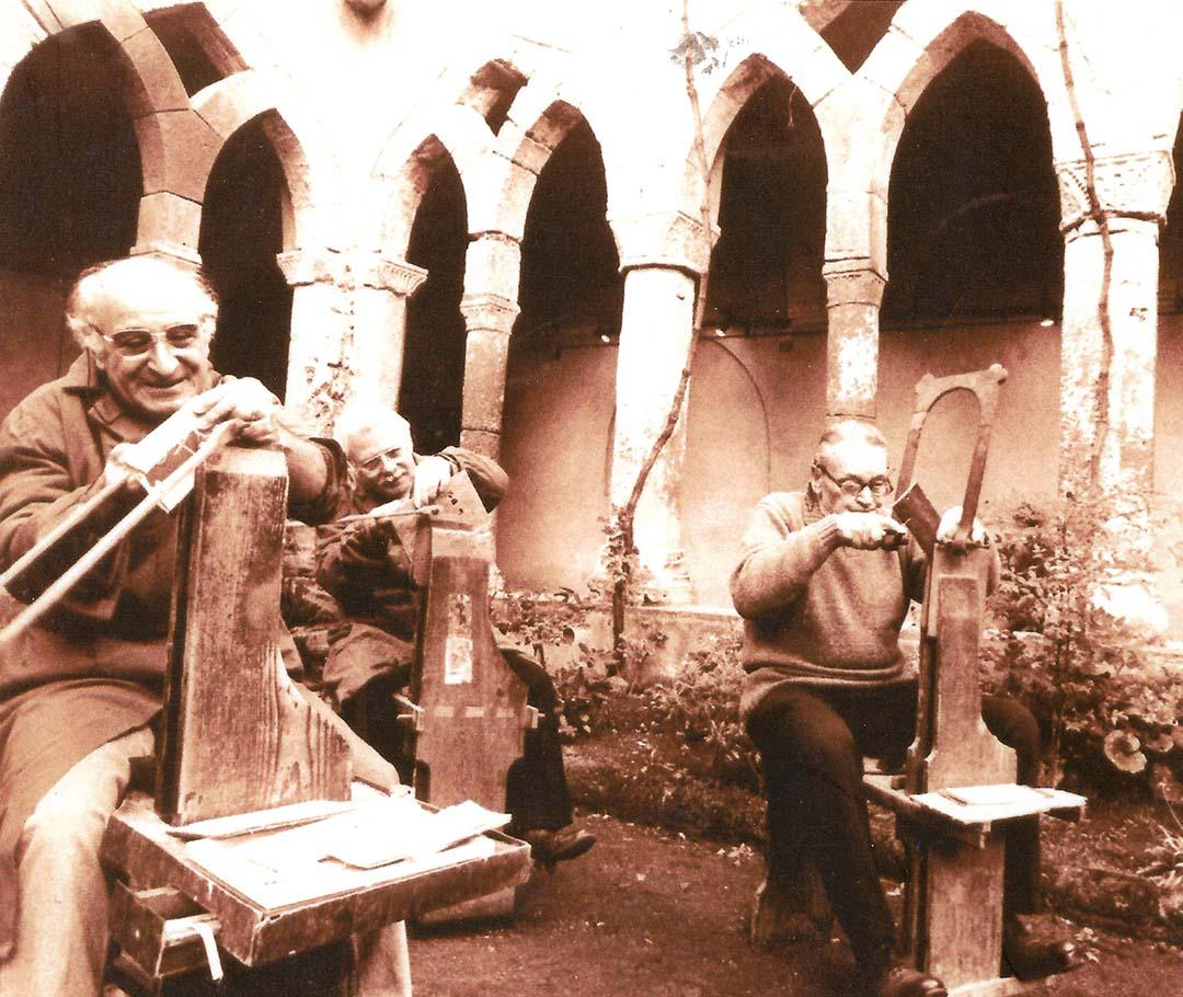 """Our dad Aniello Stinga at the exhibition """"I Maestri dell'Artigianato"""", 2000, Chiostro di San Francesco, Sorrento"""